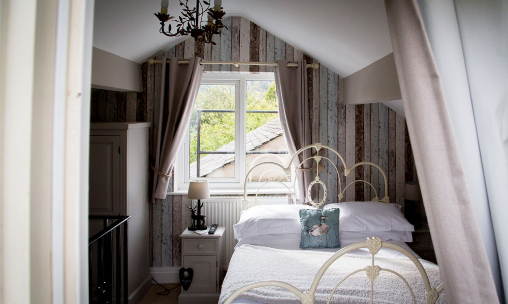 Heidi's-Grasmere-Lodge-Room-6-Image-7-2021